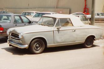Van itt m�g valami – Columbo �s a Peugeot 403 Cabriolet