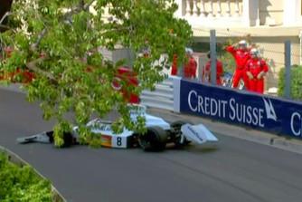Monac�ban F1-es aut�k hullanak az �gb�l...