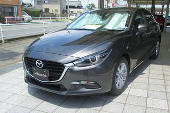�lca n�lk�l: friss Mazda3-as