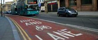 Haszontalan a buszs�v? Liverpoolban a 26-b�l csak 4-et tartanak meg