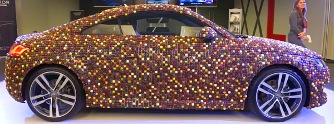 Ennival� Audi TT: 27 000 pralin� bor�tja a karossz�ri�t