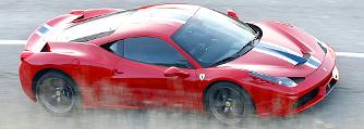Zaklatja a v�s�rl�it a Ferrari