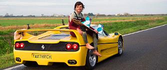 Sz�rf�l�s Ferrarival, avagy mi mindenre j� az F50-es