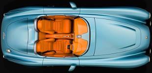 Az els� 70 vev� V8-as sz�v�motorral kapja meg a Bristol Bullet-et, ut�na j�n az elektromos hajt�s