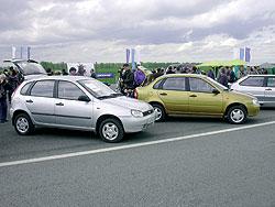 A 1118-as formája az Opel Corsa B dél-amerikai, lépcsős hátú átiratára hajaz. A csomagtér 400 literes, a végsebesség 165 km/óra, az átlagfogyasztás pedig 7,1 l/100 km