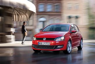 Szemből akár egy Golf is lehetne az új Polo, az egységes márkaarculat ára a típushasonlóság