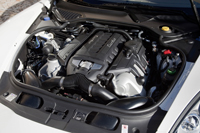 A Panamera egyelőre csak V8-as motorral érkezik
