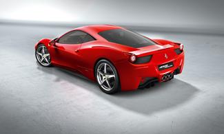 Ilyet még nem láttunk Ferrarin: három kipufogócső a farrészen