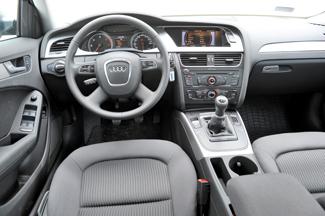 Az Audi vezetőülésében azonnal otthon érzi magát az ember