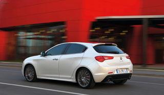 Most a Seat Leon hasonlít az Alfára, vagy fordítva? A karosszéria torziós merevsége 23 százalékkal nagyobb a 147-esénél