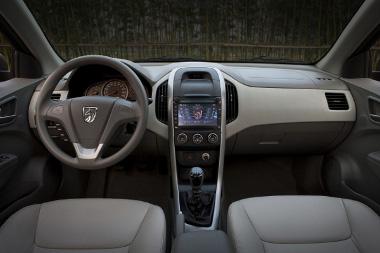 A középkonzol tájékán lehet felfedezni némi párhuzamot a legújabb GM kompakt autókkal
