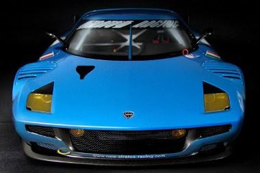 Kisautóval jelzik előre a New Stratos GT2-es versenyautó érkezését