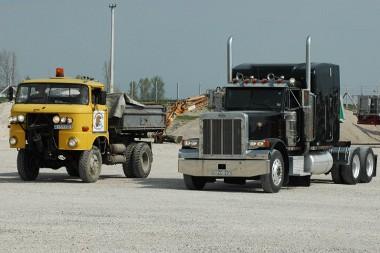 IFA teherautótól a Kenworth kamionig terjed a skála
