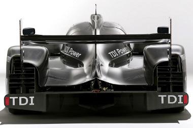 Csak V6-os TDI-t rejt a karbon borítás, ennek ellenére a győzelemre hajtanak majd Le Mans-ban
