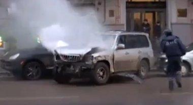 Húsz törött autó és egy meglincselt ámokfutó. Az élet Moszkvában