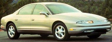 Szupermodern volt az autó, a márka azonban a nyugdíjasoké. Túl radikális változás