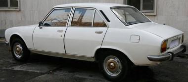 Egymillió dolláros ajánlat már van az 1977-es Peugeot 504-esre