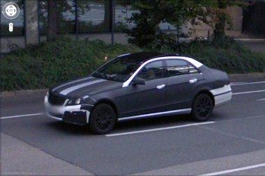 A Daimler központja közelében lehet számítani az álcázott autók felbukkanására