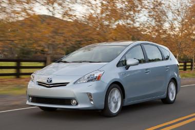 Praktikus Priust készített a Toyota - a meglévővel párhuzamosan kínálják