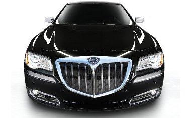A Chrysler 300-as V6-os Fiat dízellel lesz a márka - és a konszern európai - csúcsmodellje
