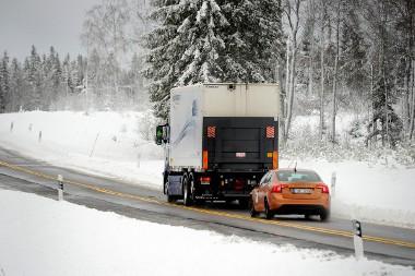 A rövid követési távolság miatt kevesebb helyet igényelnek a haladó autók, kevesebb lesz a torlódás is