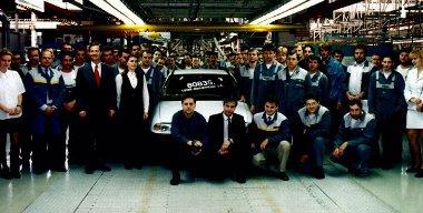 1998-ban leállnak az Opel Astra gyártásával, a kínai piacra szánt Vectrákat szerelnek össze a gyárban