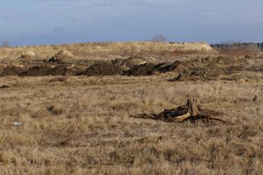 Az Audi tulajdonában lévő telken már kész a földmunka nagy része, a Natura 2000-es területen még nem dolgoznak
