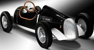 Gyermekek és 1,8 méteres magasságig felnőttek kedvnc játéka lehet az Audi e-tron Auto Union Type C