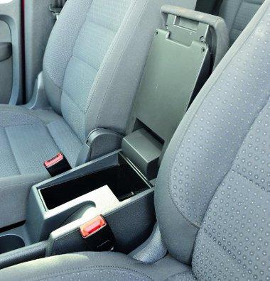 Fontosak a megfelelő méretű tárolórekeszek egy családi autóban