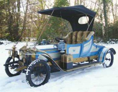 1979-ben készült ez a Rolls-Royce, fiatalsága miatt olcsó. Kétezer euró
