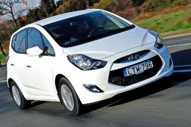 Dinamikus vonalvezetésével illik a Hyundai kínálatába, helykínálata és ára révén pedig a hazai piacra