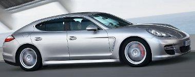 Ki hitte volna, hogy lesz valaha négyajtós Porsche? Lett – minden kishitűség ellenére