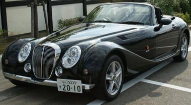 Mazda MX-5-ként kezdte életét az autó, amit a Mitsuoka átépített Himiko-nak. A TGMY ez utóbbiból készített elektromos autót