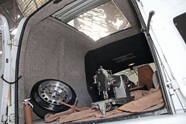 Twingo rolótető, varrógép és a dögös Maserati nyári felni