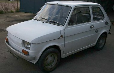 Ártatlan Fiat 126-osként kezdte életét, de nemrég egy brit építő kibelezte a karosszériát...