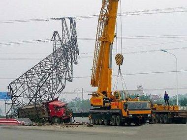 Egy hétig tarott az áramszolgáltatás helyreállítása. Az oszloppal öt nap alatt végeztek
