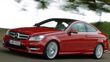 Álcázás nélküli képek a Mercedes C kupéról - és ezúttal teljesen hivatalosan