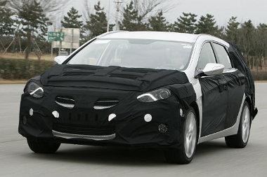 Erősen álcázva vezethettük az új, középkategóriás Hyundait