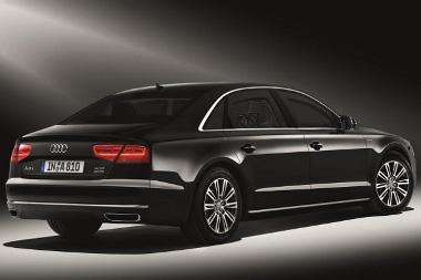 450 munkaórával építenek be láthatatlan módon 720 kg-ot az Audi csúcsmodelljébe, hogy az megvédje utasait