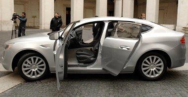 Leginkább a BMW 5 GT-hez haosnlítható az új DeTomaso