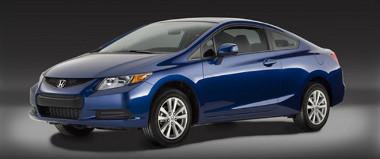 Akár 200 lóerős benzinmotor is rendelhető a kupé-és limuzin változathoz Észak-Amerikában