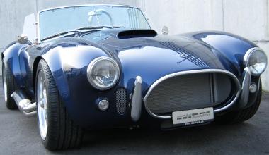 Corvette-motor hajtja az európai AC Cobrát