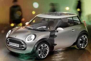 Nem rövid, de legalább széles a karbon karosszériás városi Mini