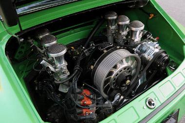 Teljesen újjáépítik a hathengeres bokszermotort, a lökettérfogatot 3,9 literre növelik. Látványra se utolsó