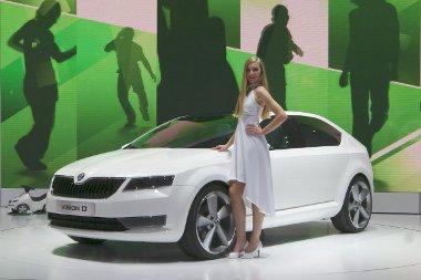 Egy, a Fabia és az Octavia közötti autó előfutára a VisionD. A miniautó még nála is hamarabb a kereskedésekben lesz
