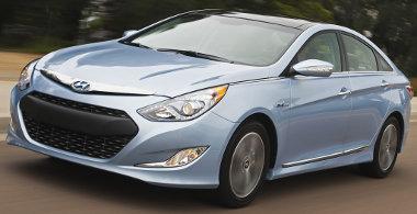 A Hyundai Sonata Hybrid legyártása és a forgalmazás megindulása között módosult egy jogszabály, amiért az összes autót át kell szerelni