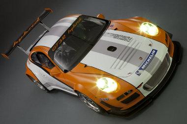 Befalazták a hátsó kerekek előtti légbeömlőket a Porsche 911 GT3 R Hybrid 2.0 esetén