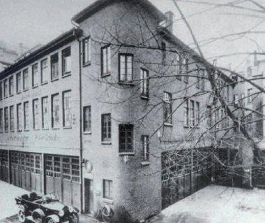 A hamburgi Max Eisenmann & Co. társaság működtette az első Bosch Service javítóműhelyt