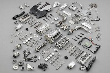 A hengersorok közötti térben helyezkednek el a V8-as motor turbófeltöltői