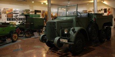 A Közlekedési Múzeum autós termében állították ki a Rába Botondot